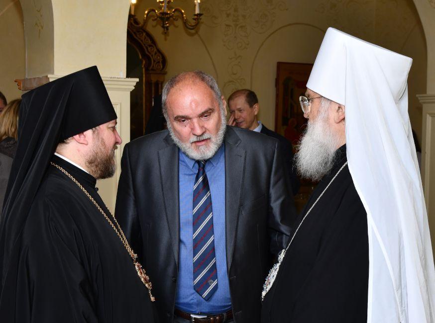 Епископ Сурожский Матфей направил соболезнование родным и близким Ю.А. Сандулова